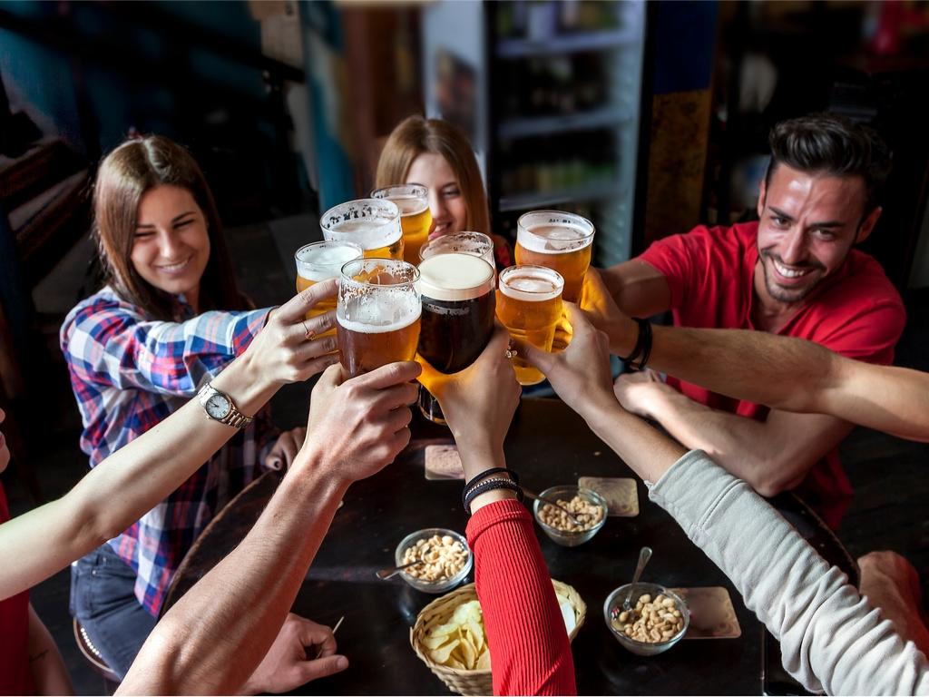Englisch in Irland - Irish Pub - Erwachsene Sprachreisen - Prost